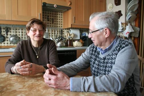 Ein sonniger Märztag 2012 am Küchentisch von Erika und Dieter Hermann. Sie wissen, sie müssen ausziehen. Nach 39 Jahren. Inzwischen haben sie Schulenburg-Nord verlassen.