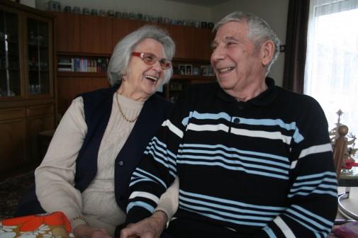 Viele gesprochene Worte brauchen Doris und Günter Dörge nicht, um sich zu verstehen. Weder bei Beutestücken noch bei Vertragsverhandlungen.