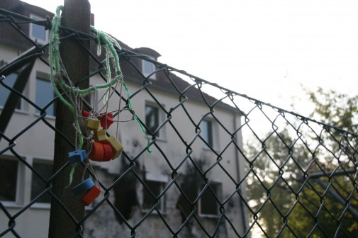 Erst campierten die Zeltlager-Kinder im Garten, dann ließ es der Staat krachen. Das Ruhrgas-Haus wartet auf sein Ende.