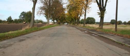 Wie Sie sehen, sehen Sie nichts: Das Dorf ist weg. Nur ein Bagger ist zu entdecken, sehr zum Erstaunen seines Fahrers.